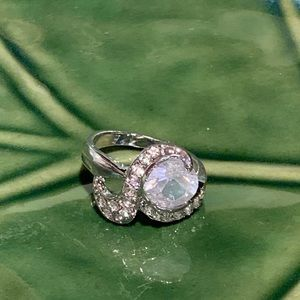 💥5/$25💥 Silver Plated Statement Ring Sz8.5